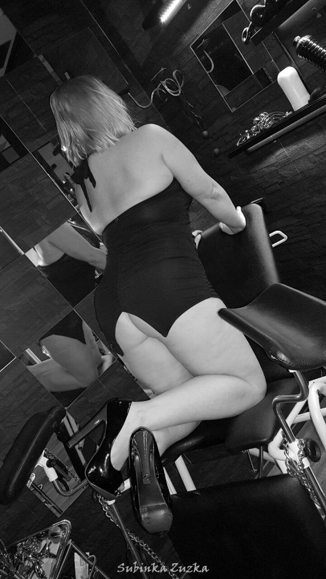 lízání kundy erotická masáž brno