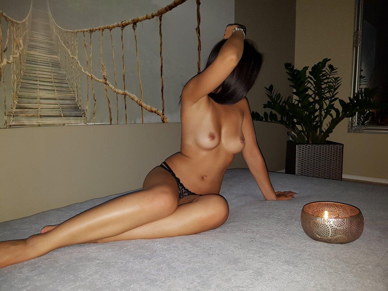 swingers brno erotické služby praha