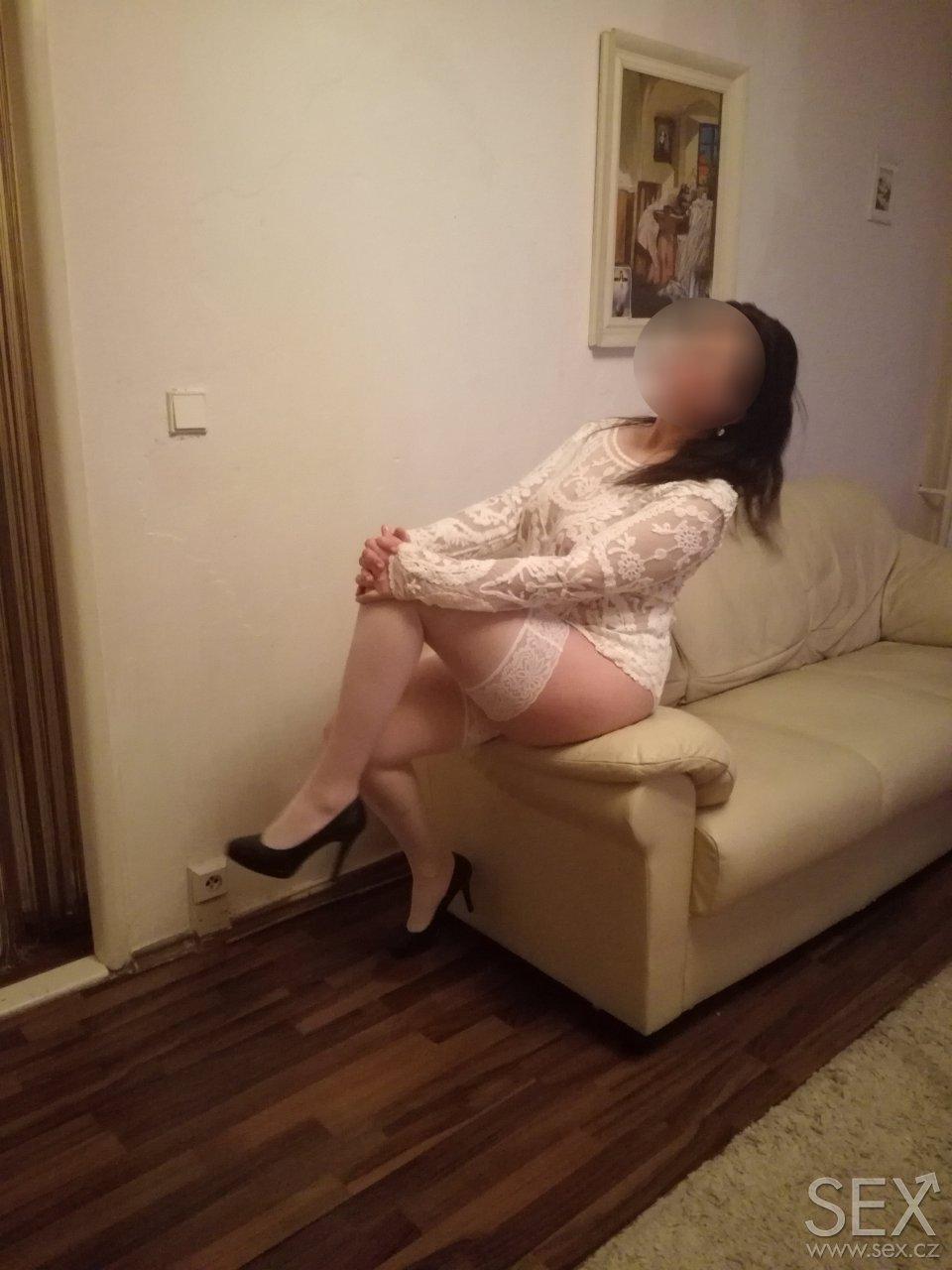 vysoký erotická masáž sex